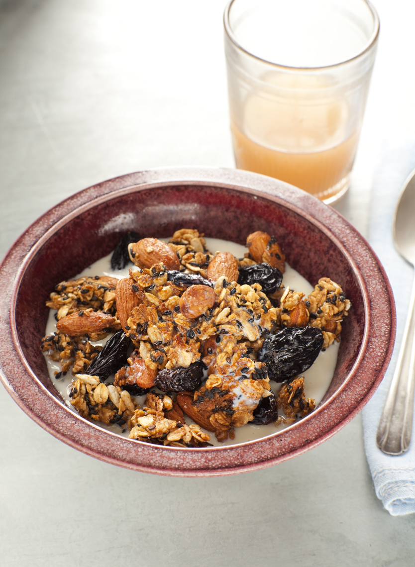 18_sesameapplegranola_0175.jpg