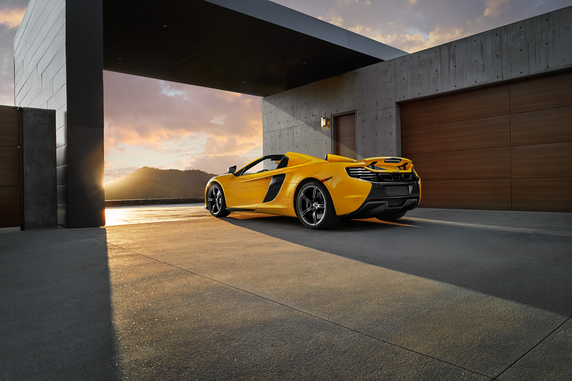 650s yellow -428_fnl_lay_rgb